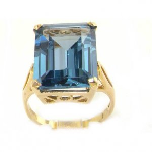 Luxury Solid 9ct Gold Large 16x12mm Octagon cut Synthetic Aquamarine Ring - Finger Sizes K to Y Available