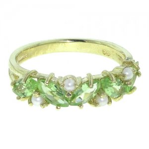9ct Gold Marquise Peridot & Pearl RingFree P&P