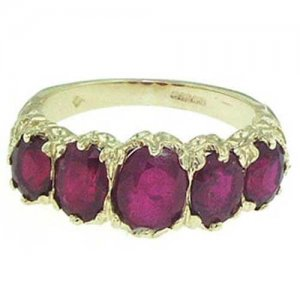 9ct Gold Ruby RingFree P&P