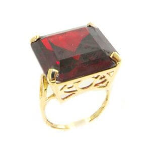 Luxury Solid 9ct Gold Huge Heavy Square Octagon cut Synthetic Garnet Ring