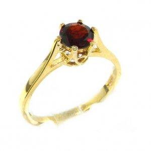 Luxury 9ct Yellow Gold Ladies English Made Garnet Solitaire 0.75ct 3/4ct Engagement Ring