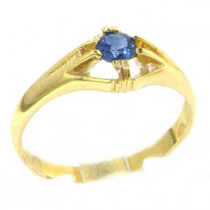 Luxury 9ct Yellow Gold Ladies Solitaire Vibrant Sapphire Ring
