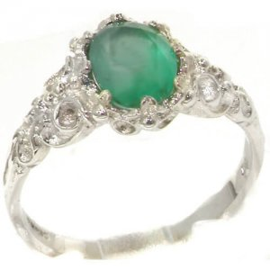 Luxurious Solid White Gold Natural Emerald Womens Solitaire Engagement Ring