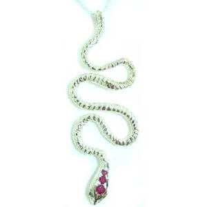 Luxury Ladies Solid 925 Sterling Silver Natural Ruby & Emerald Detailed Snake Pendant Necklace